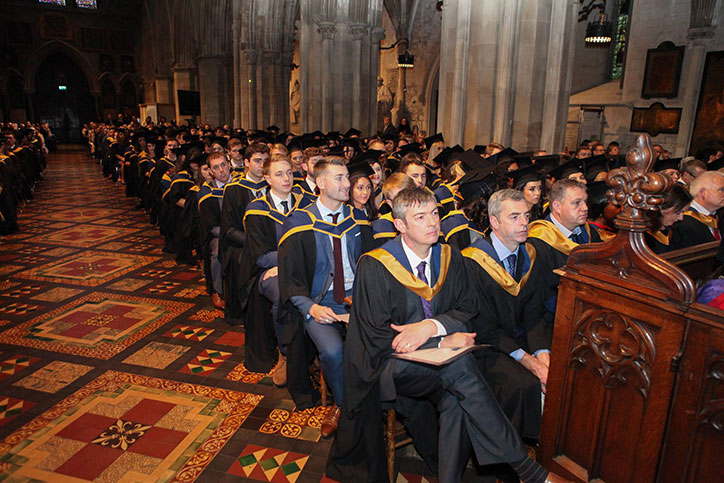 graduating-class-inside-st-patricks-cathedral